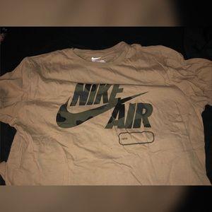 Nike T-shirt size large